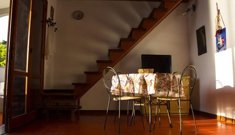 FOTO 2 soggiorno